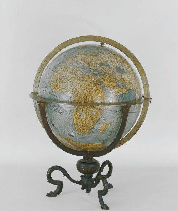 The Globe of the Earth and the Globe of the Heavens