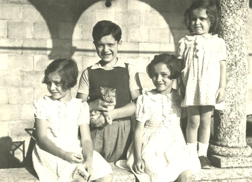 Bagatti Valsecchi Home, 1883-1975: anecdotes and family memories (in Italian)
